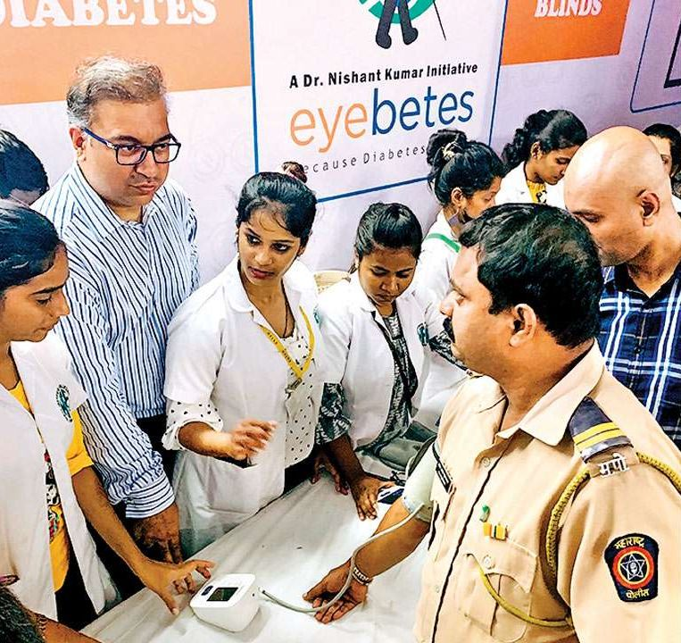 As many as 400 police personnel queued up for free health check-up